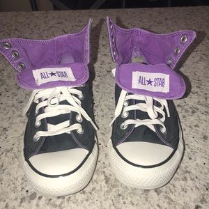 Girls size 6 fold over tongue Converse